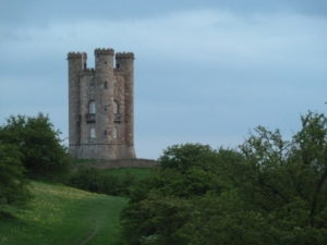 Broadway tower: William Morris took his holidays here.